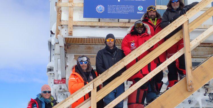 ¡El equipo del Trineo de Viento en Summit Camp de Groenladia!