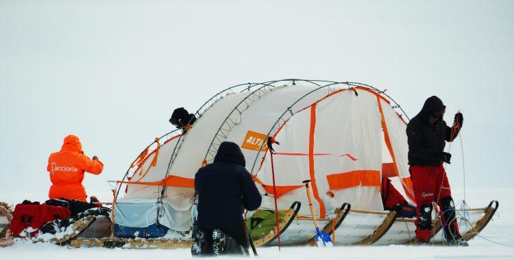 Una ventisca inesperada en el corazón de Groenlandia (vídeo)